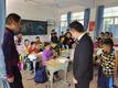 小桌椅,大愛心——建晟教育為新圩中心小學捐贈新課桌椅