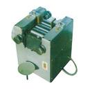 QGM-65 三辊研磨机