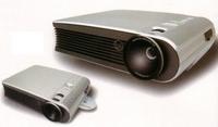 内置DVD播放器1800流明美格投影机