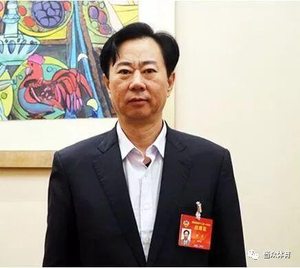 """湖北3名政协委员联名提议对抗""""毒跑道"""""""
