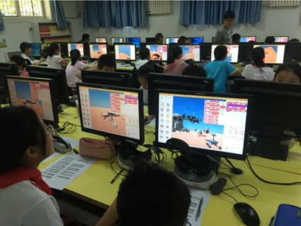 北京歐雷  虛擬現實系統 VR  VR創客教室解決方案