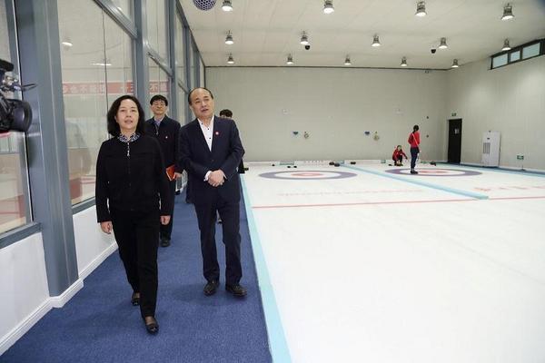 体育总局杨宁副局长来北京体育大学调研