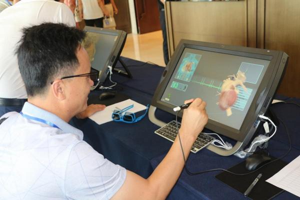 虚拟现实在教学中的深度应用技术交流在银川举办