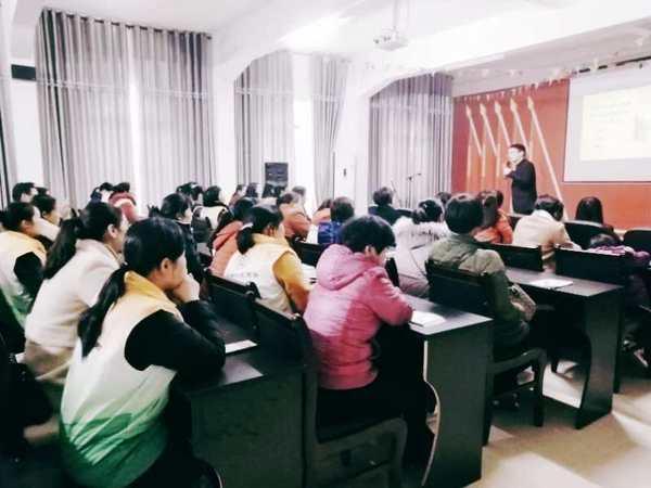 专访心理专家彭华勇