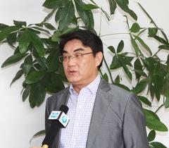 连云港市教育局局长高度肯定市电教装备工作成果