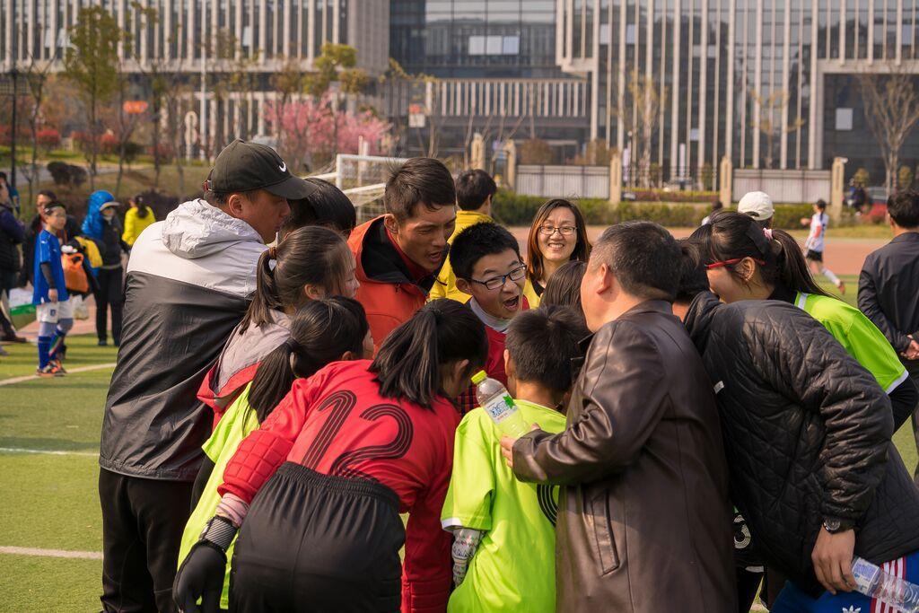 南京金陵中学仙林分校小学校园足球纪实